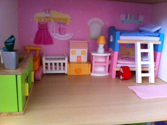 Sweetheart Cottage Dolls House Review