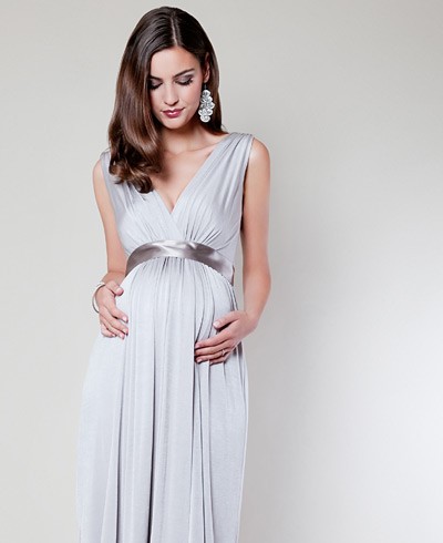 formal maternity wear, glamorous maternity