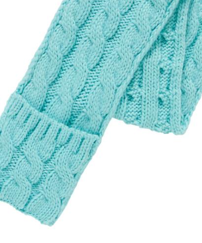 scarf pockets